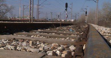 Tragedija u blizini Gračanice: Smrtno stradao muškarac bacivši se pod voz |