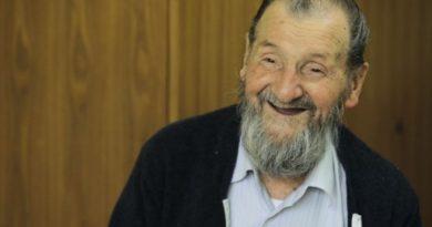 Djed Himzo u 92. godini posti tokom ramazana, uči Kur'an, a imovinu je uvakufio